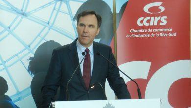 Photo of Le ministre Bill Morneau présente son budget 2016 devant la CCIRS